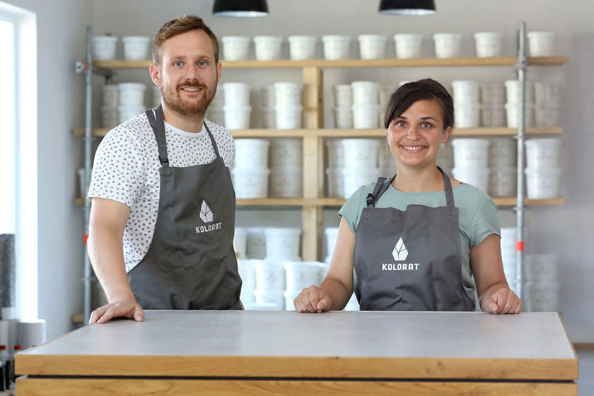 The managing directors and founders of KOLORAT, Monja Weber and Sebastian Alt.