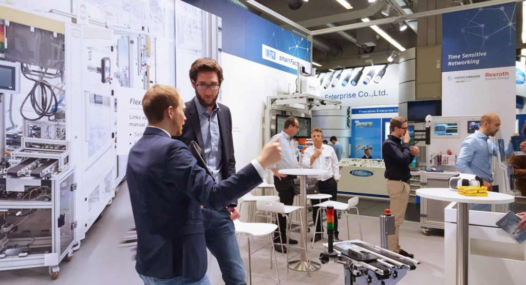 Impression of the fair stand of SmartFactory-KL at the SPS IPC Drives 2017.