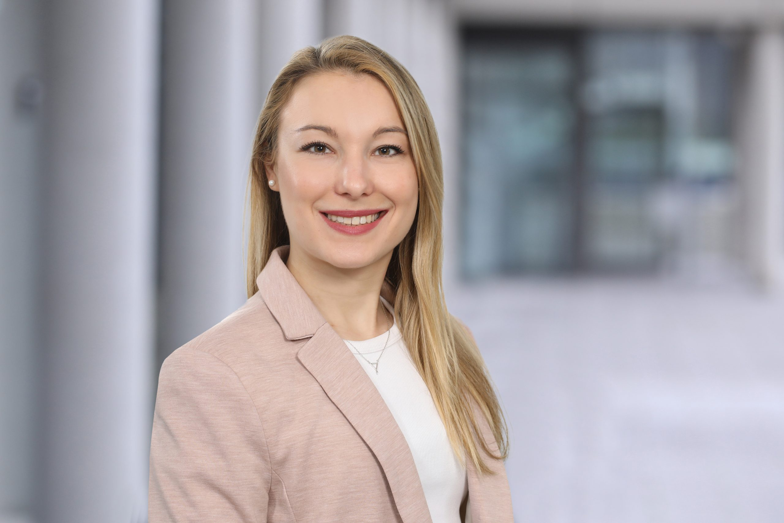 Lea Baas, HR